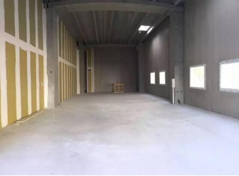 location entrep ts locaux d 39 activit s nice 06000 174m2. Black Bedroom Furniture Sets. Home Design Ideas