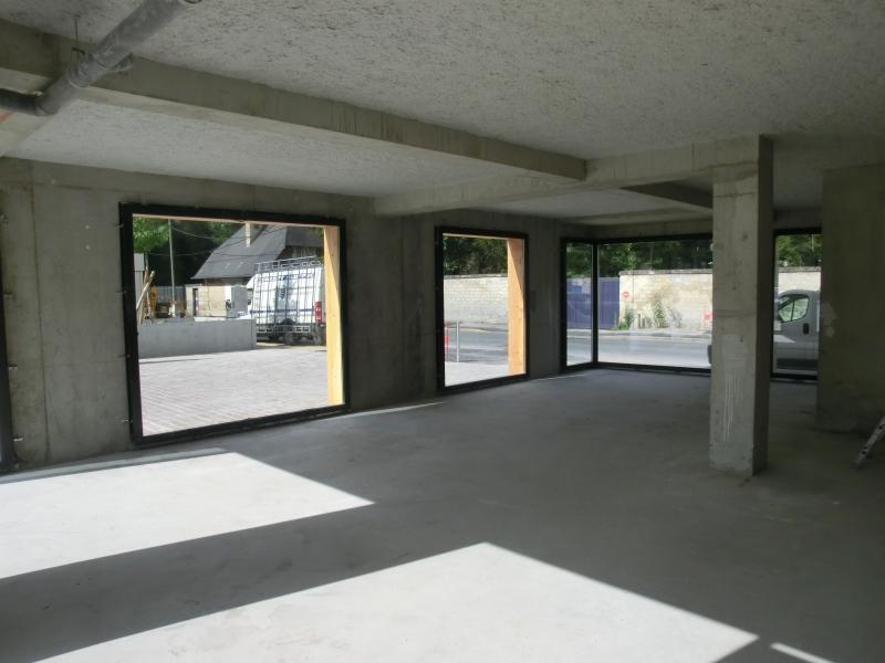 Local commercial neuf de 158 m²