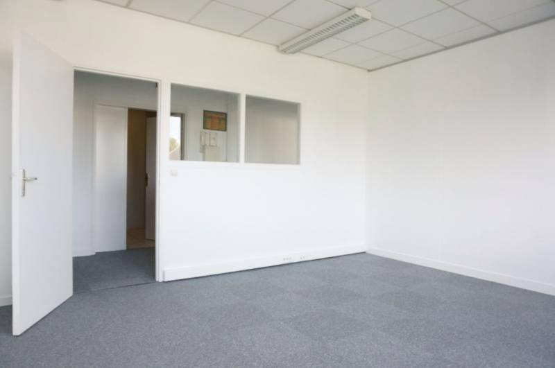 location bureaux caen 14000 80m2. Black Bedroom Furniture Sets. Home Design Ideas