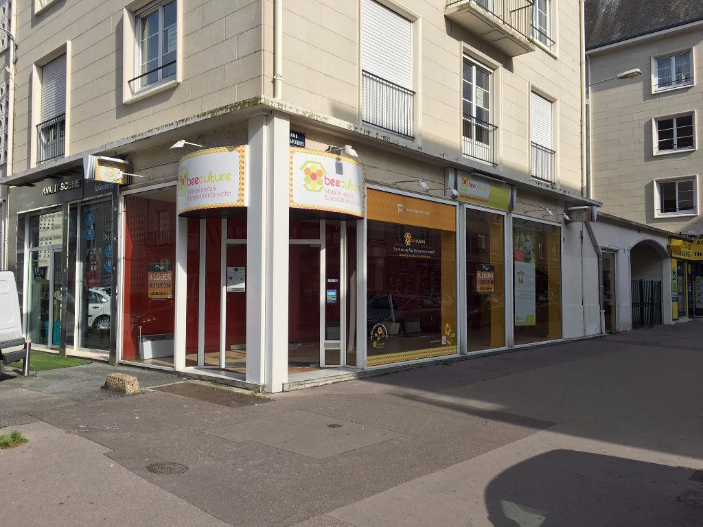 Local commercial 100 m² à louer à Caen - Photo 1