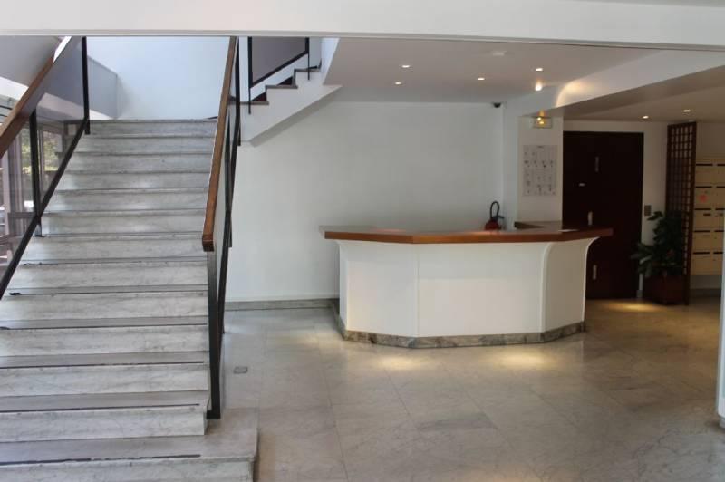 location bureaux rueil malmaison 92500 413m2. Black Bedroom Furniture Sets. Home Design Ideas