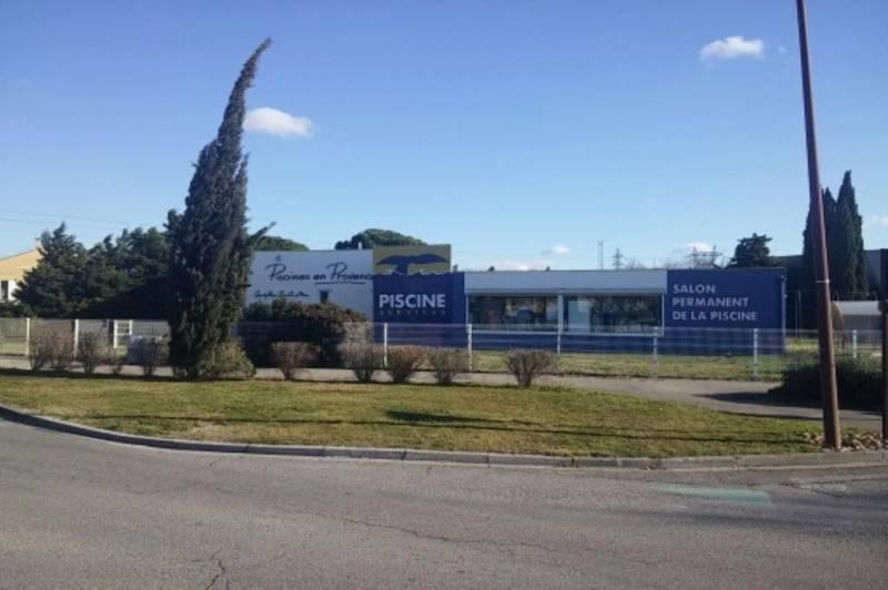 Locaux commerciaux  AVIGNON