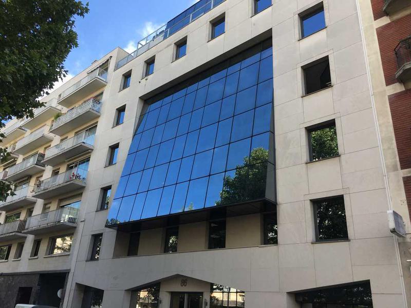 Location Bureaux Levallois Perret 92300 - Photo 1