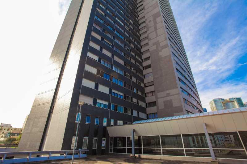 A VENDRE, Beaux plateaux de bureaux à 3 min de la Défense - Photo 1