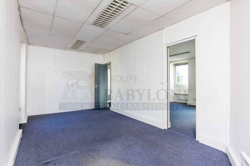 location bureaux locaux commerciaux puteaux 92800 429m2. Black Bedroom Furniture Sets. Home Design Ideas