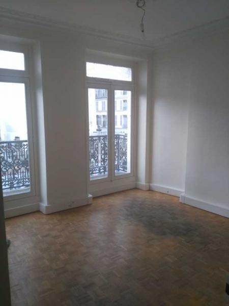 Location bureaux paris 75001 87m2 for Location bureau atypique paris