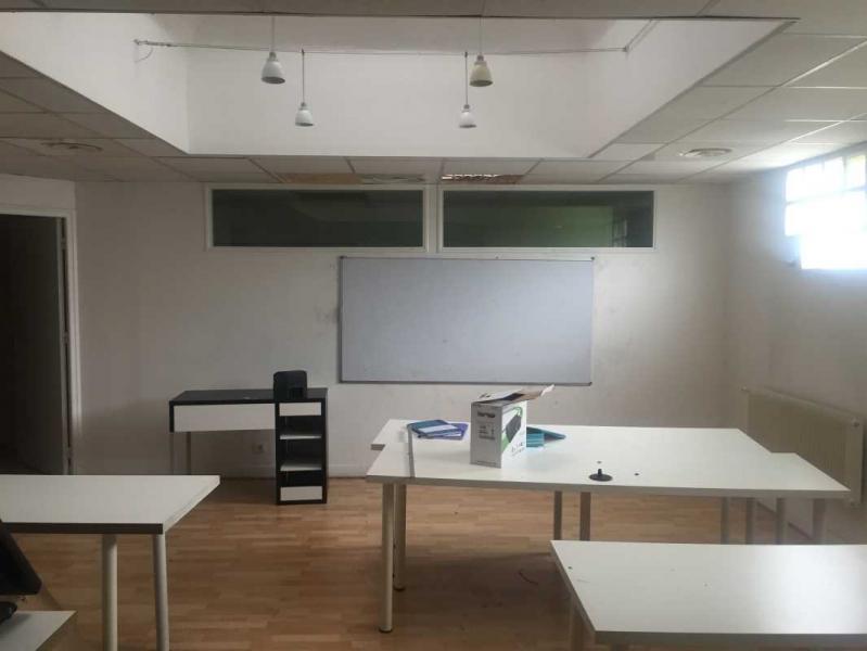 location bureaux paris 75015 440m2. Black Bedroom Furniture Sets. Home Design Ideas