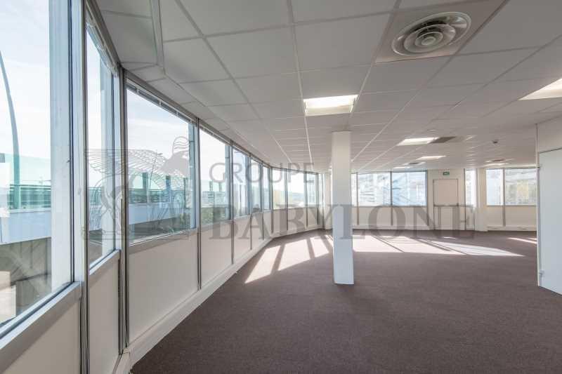 location bureaux hauts de seine louer bureau hauts de seine 92210. Black Bedroom Furniture Sets. Home Design Ideas