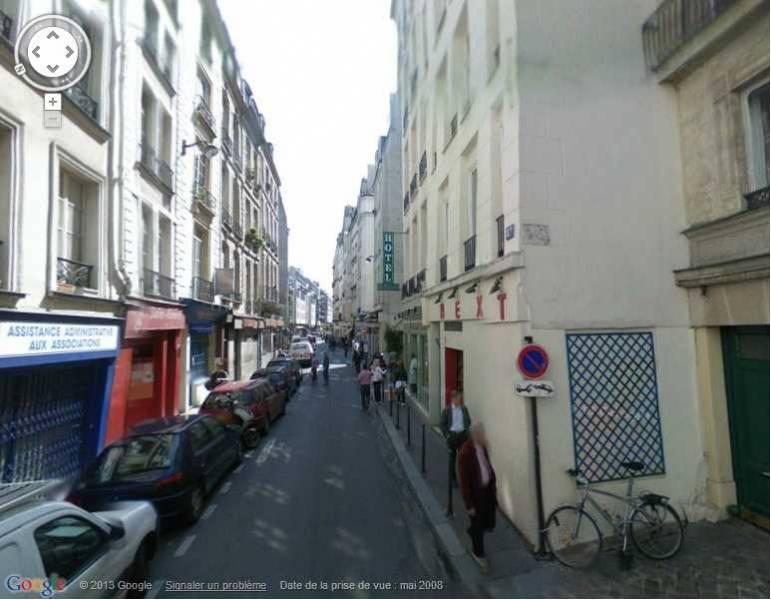 Location locaux commerciaux paris 75001 445m2 for Locaux commerciaux atypiques paris