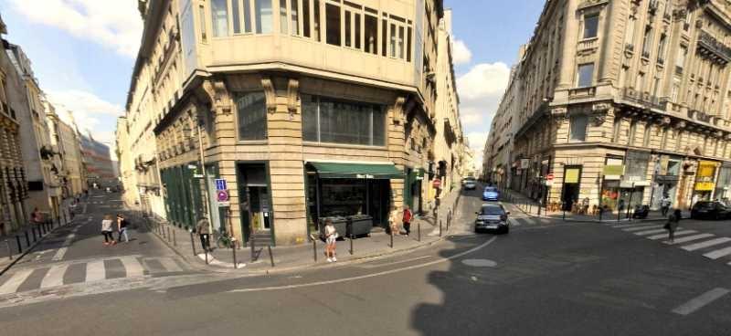 Location locaux commerciaux paris 75002 118m2 for Locaux commerciaux atypiques paris