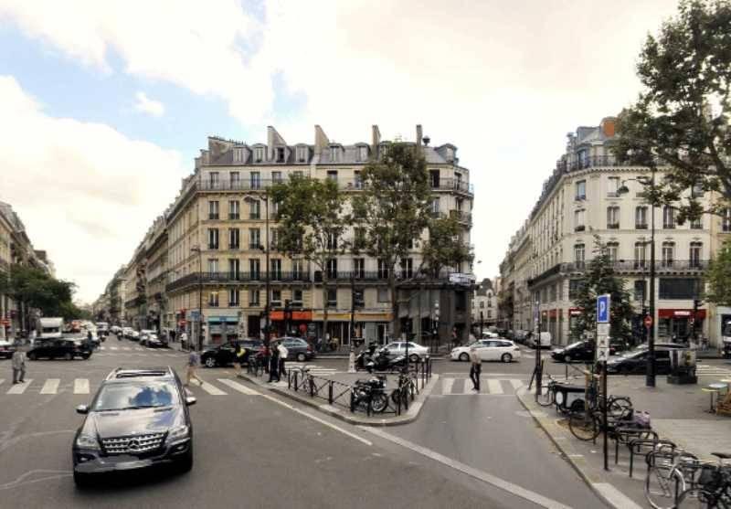 Location locaux commerciaux paris 75003 82m2 for Locaux commerciaux atypiques paris