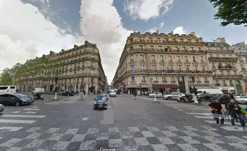 Location locaux commerciaux paris 75008 83m2 for Locaux commerciaux atypiques paris