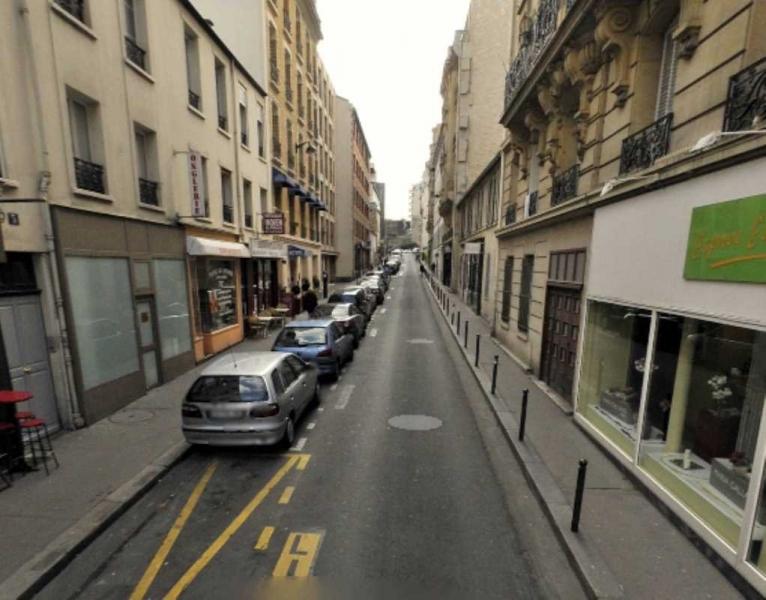 Location locaux commerciaux paris 75015 53m2 for Locaux commerciaux atypiques paris