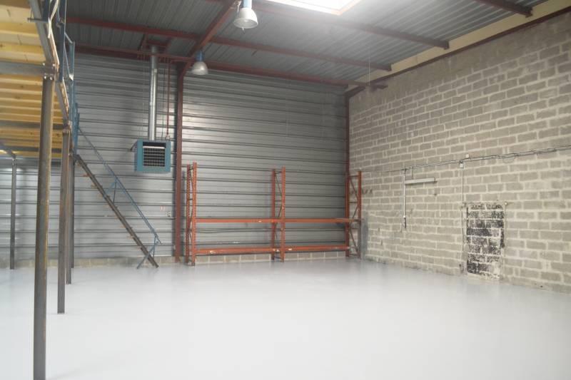 Local d'activités 216 m² ARGENTEUIL - Photo 1
