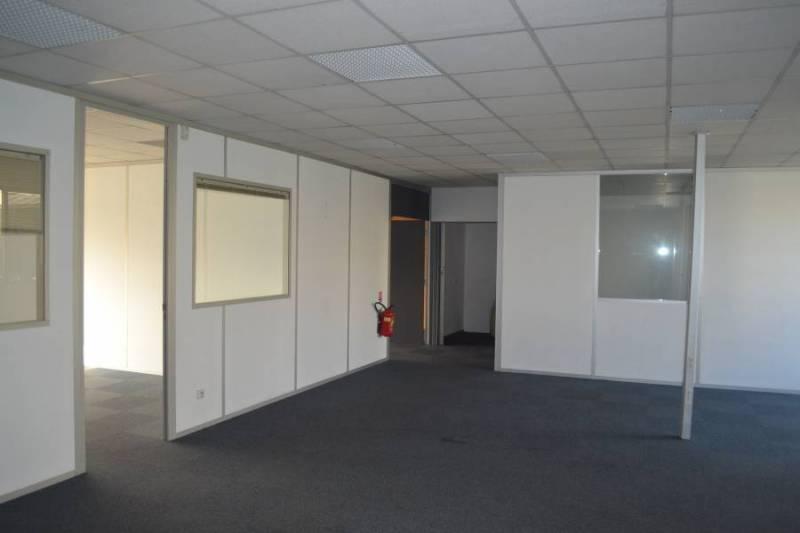 Bureaux 201 m² - VILLEPINTE - Photo 1