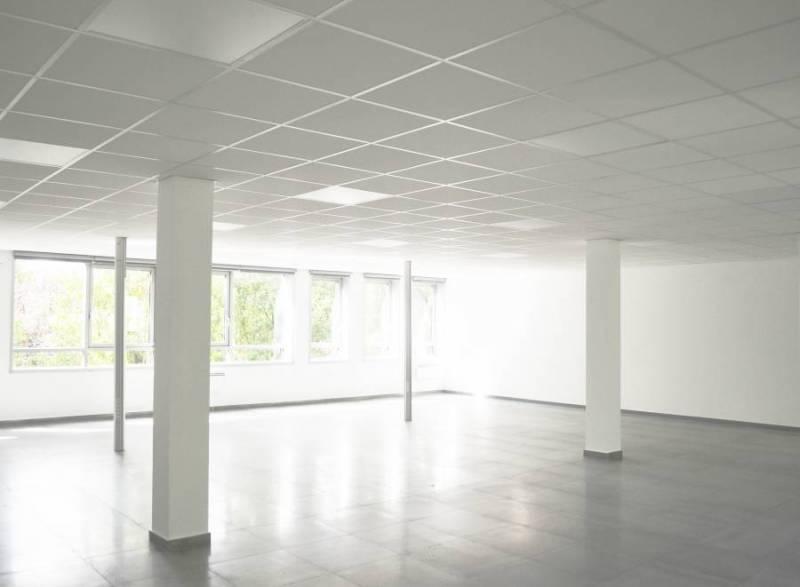 Bureaux de standing ERAGNY 95610 - Photo 1
