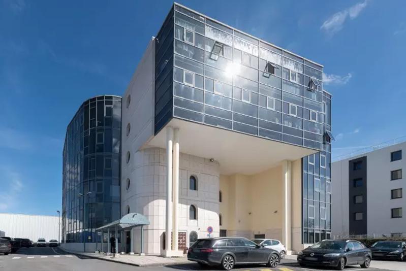 Bureaux rénovés 75 m² GOUSSAINVILLE - Photo 1