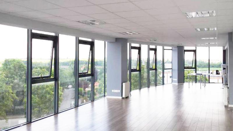 Bureaux 75 m² GOUSSAINVILLE - Photo 1