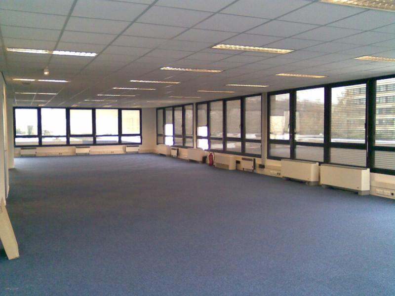 Bureaux 775 m² SAINT-OUEN-L'AUMÔNE - Photo 1