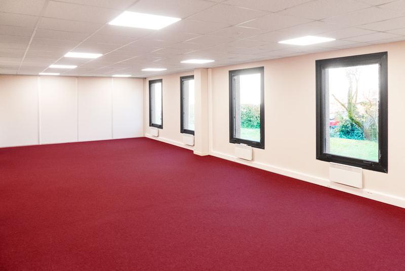 Bureaux 100 m² ERP-PMR divisibles MONTIGNY LES CORMEILLES - Photo 1
