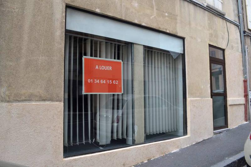 Local commercial 53 m² - PONTOISE - Photo 1