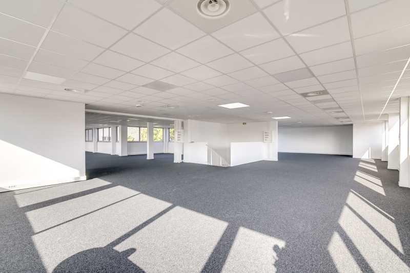 Location bureau fresnes m² u bureauxlocaux