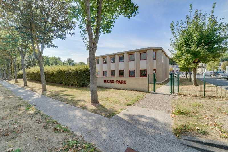 Location Bureaux Tremblay En France 93290 - Photo 1