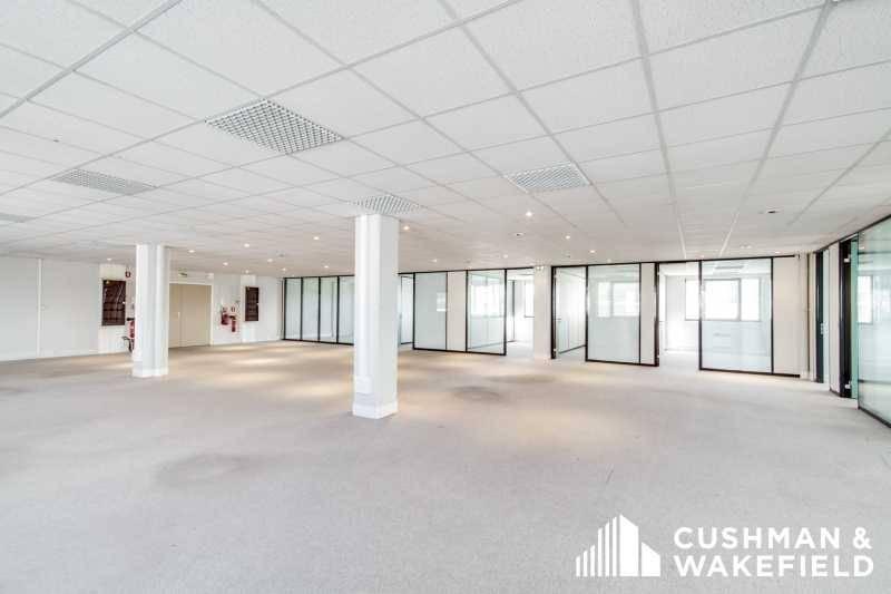 location bureaux vitry sur seine 94400 800m2. Black Bedroom Furniture Sets. Home Design Ideas
