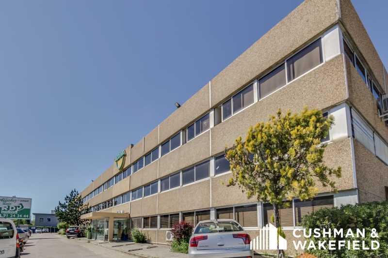 Location Bureaux Aubagne 13400 - Photo 1