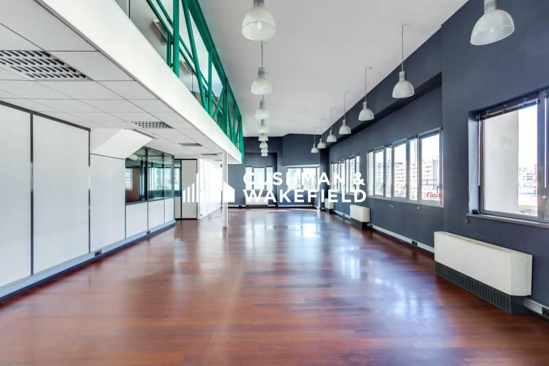 location bureaux vaulx en velin 69120 69m2. Black Bedroom Furniture Sets. Home Design Ideas