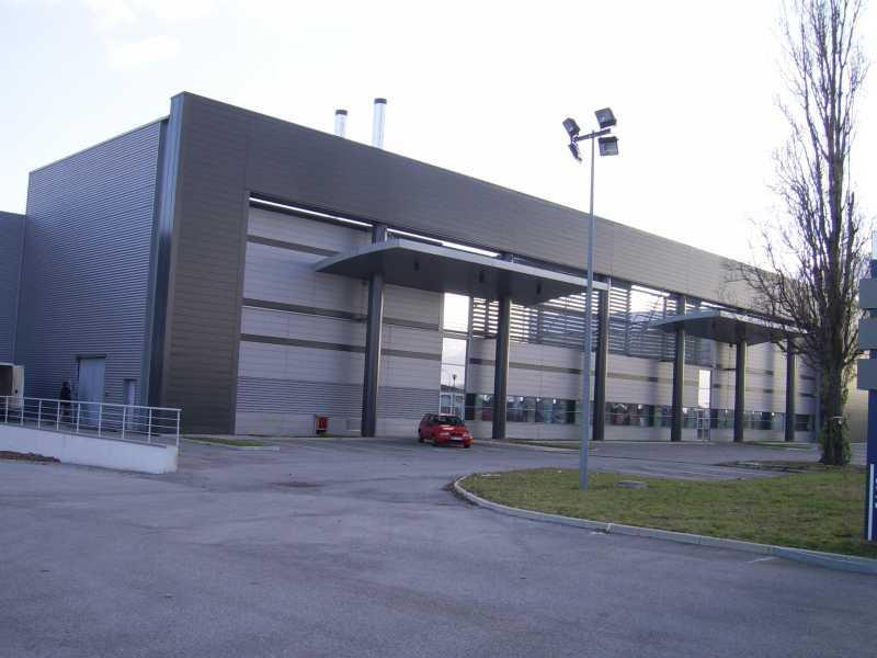 Location Entrepôt Corbas 69960 - Photo 1