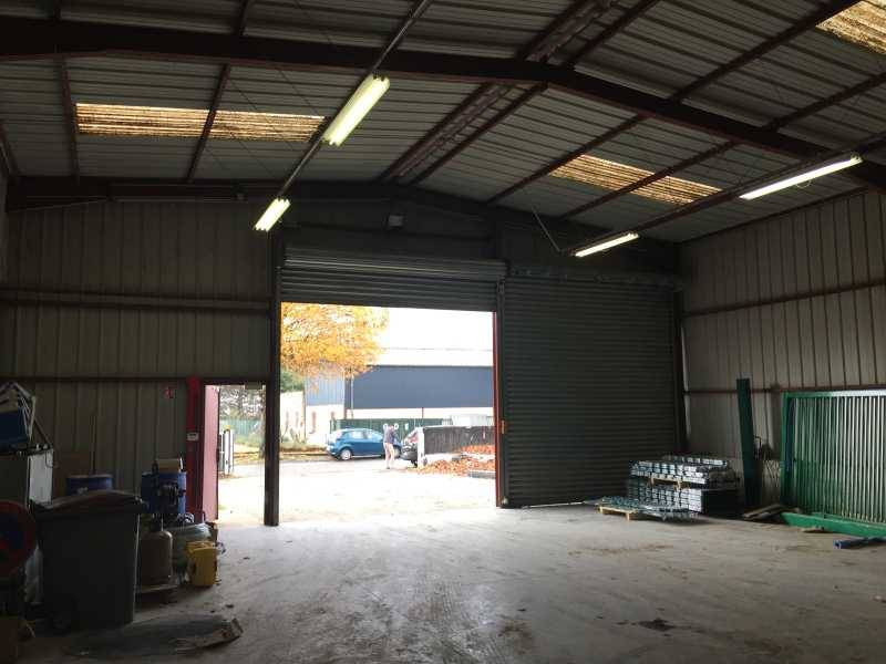 Location locaux d 39 activit s saint laurent de mure 69720 500m2 - Garage saint laurent de mure ...