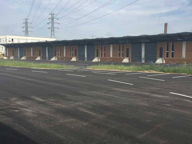location vente locaux d 39 activit s saint priest 69800 205m2. Black Bedroom Furniture Sets. Home Design Ideas