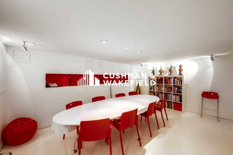 location bureaux neuilly sur seine 92200 105m2. Black Bedroom Furniture Sets. Home Design Ideas
