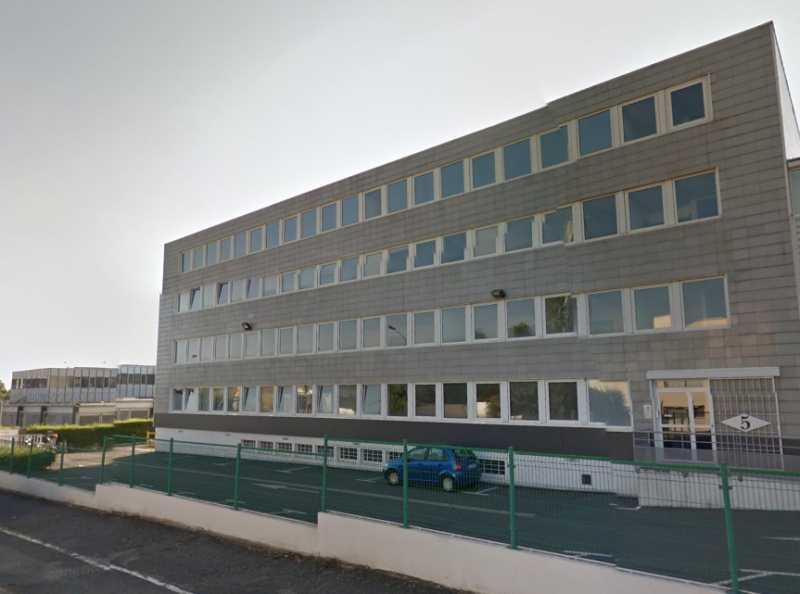 Location Bureaux Plaisir 78370 - Photo 1