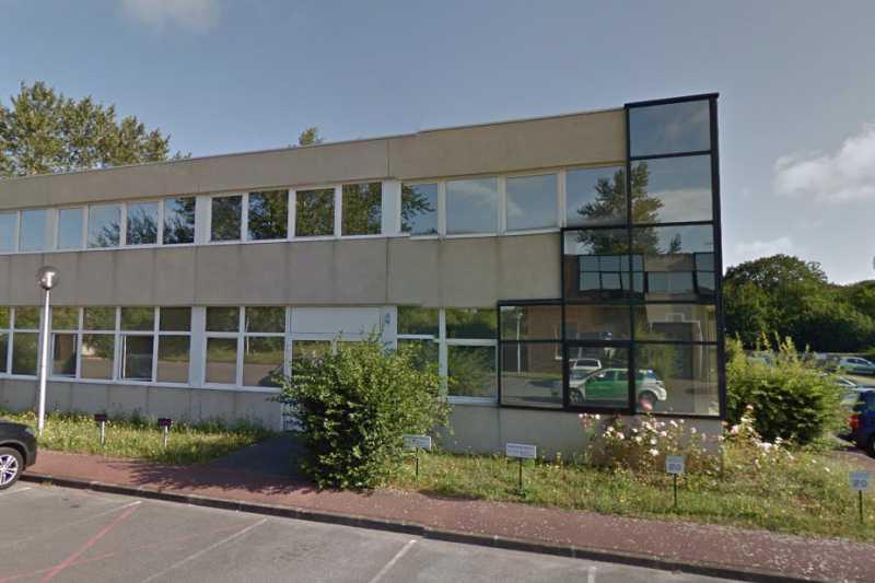 Location Bureaux Bievres 91570 - Photo 1
