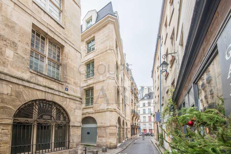 Location Bureaux Paris 75004 - Photo 1