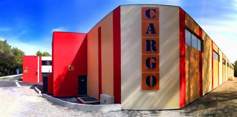 A LOUER, CARGO B9 - Photo 1