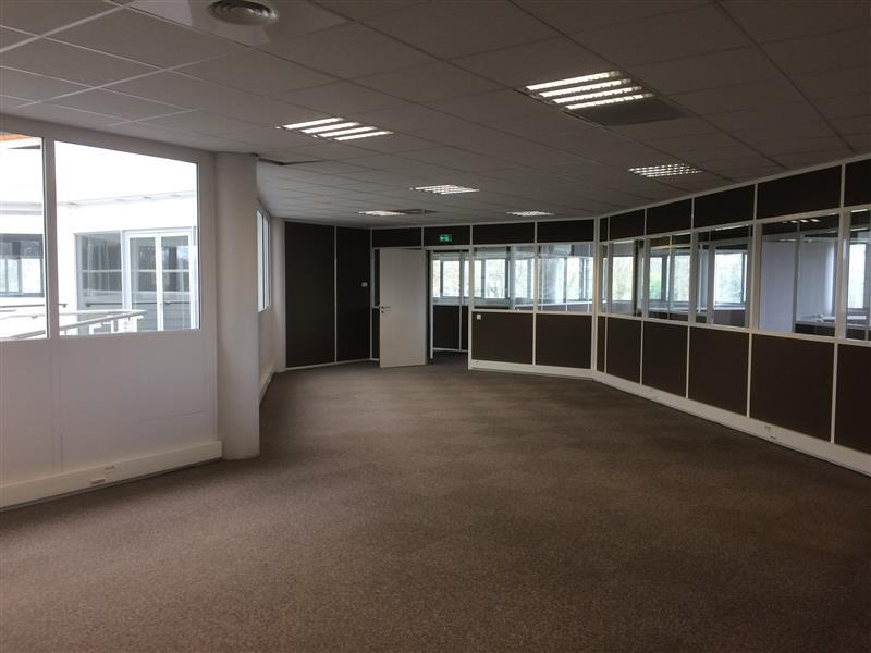 Mérignac - bureaux rénovés à louer - Photo 1
