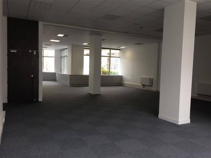 location bureaux bordeaux 33300 214m2. Black Bedroom Furniture Sets. Home Design Ideas