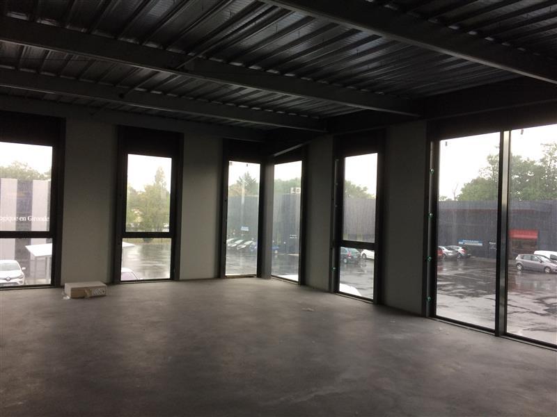 ZA Bersol à Gradignan - Bureaux avec local d'activités à louer - Photo 1