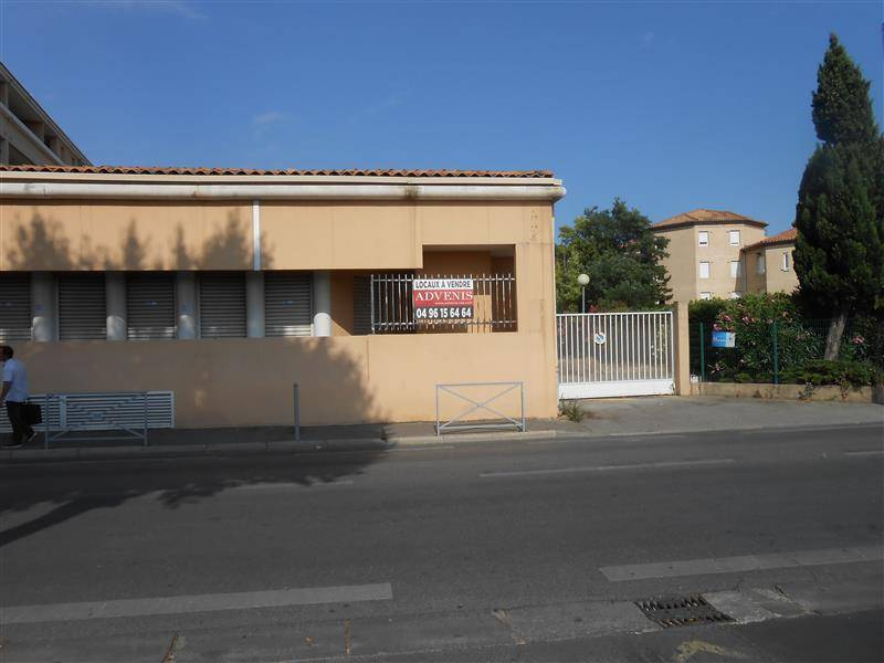 Vente bureaux salon de provence 13300 956m2 for 13300 salon de provence