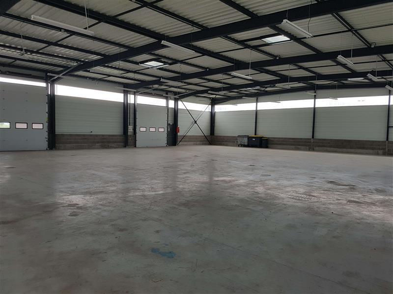 Local d'activité d'environ 588 m² à louer proximité de Tours - Photo 1