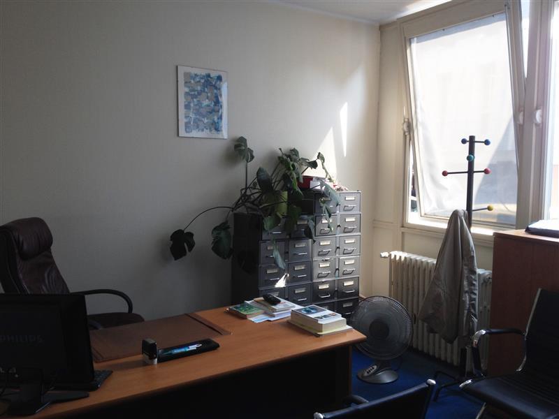 Location bureau tours 37000 124m² u2013 bureauxlocaux.com