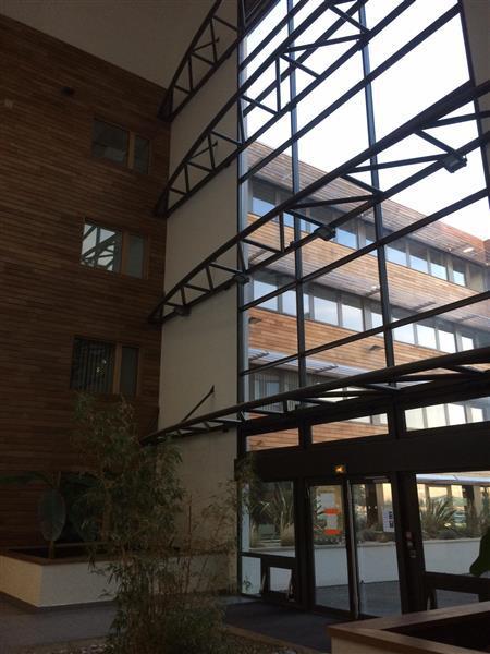 Bureaux d'environ 794 m² proches de Tours - Photo 1