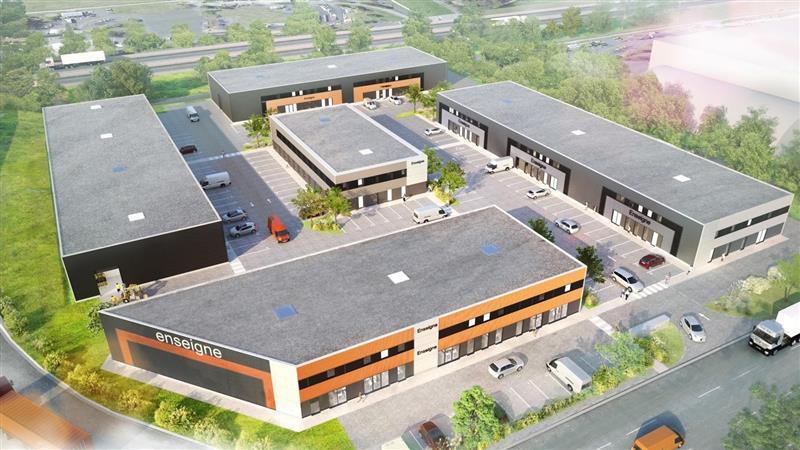 LOCAUX D'ACTIVITES de 527 m² à 1 808 m² - à vendre - Chambray les Tours - Photo 1