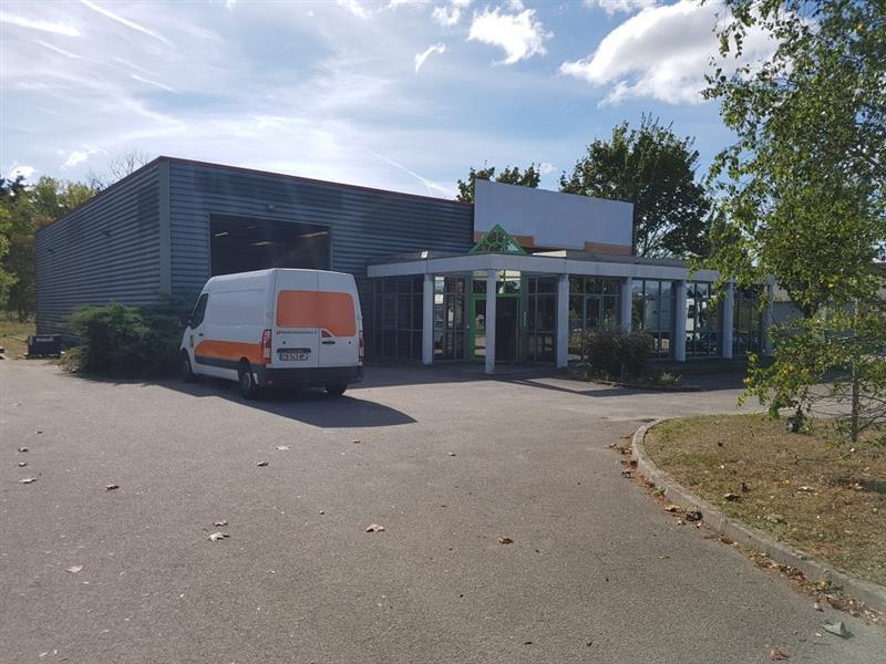 Bâtiment d'activités d'environ 635 m² à louer au Nord de Tours - proche A10 - Photo 1