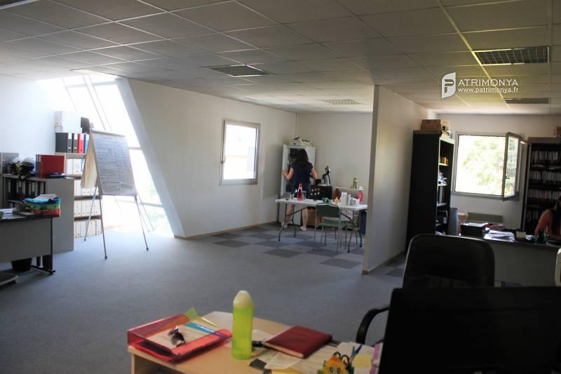 Lots des bureaux à la location - Photo 1