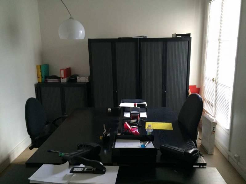 location bureaux paris 75008 97m2. Black Bedroom Furniture Sets. Home Design Ideas