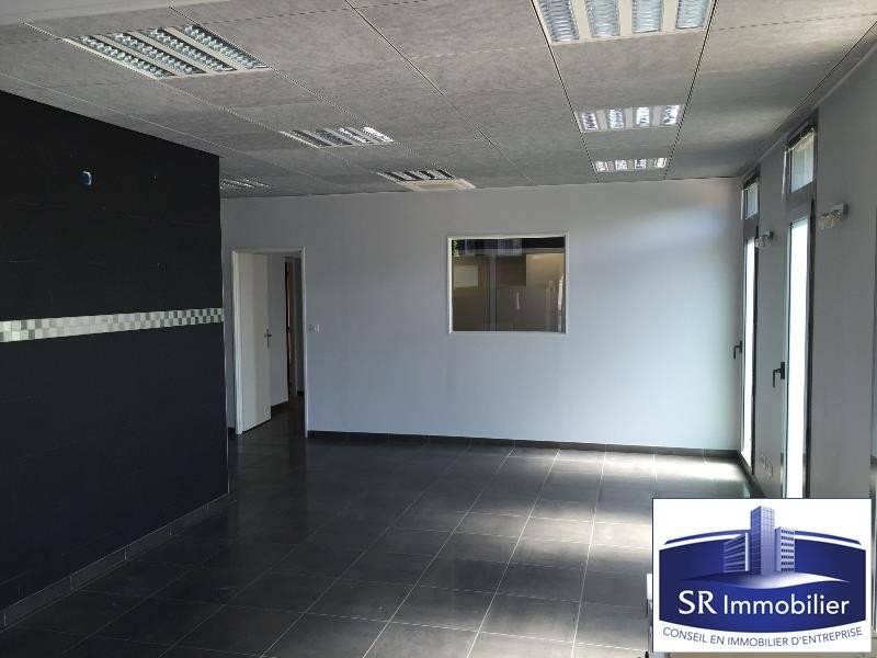 vente bureaux clermont ferrand 63000 122m2. Black Bedroom Furniture Sets. Home Design Ideas